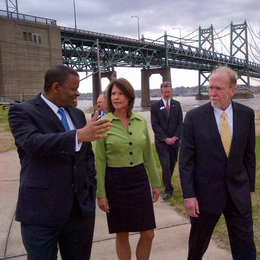 Sec. Foxx with Bustos and Loebsack at I-74 bridge