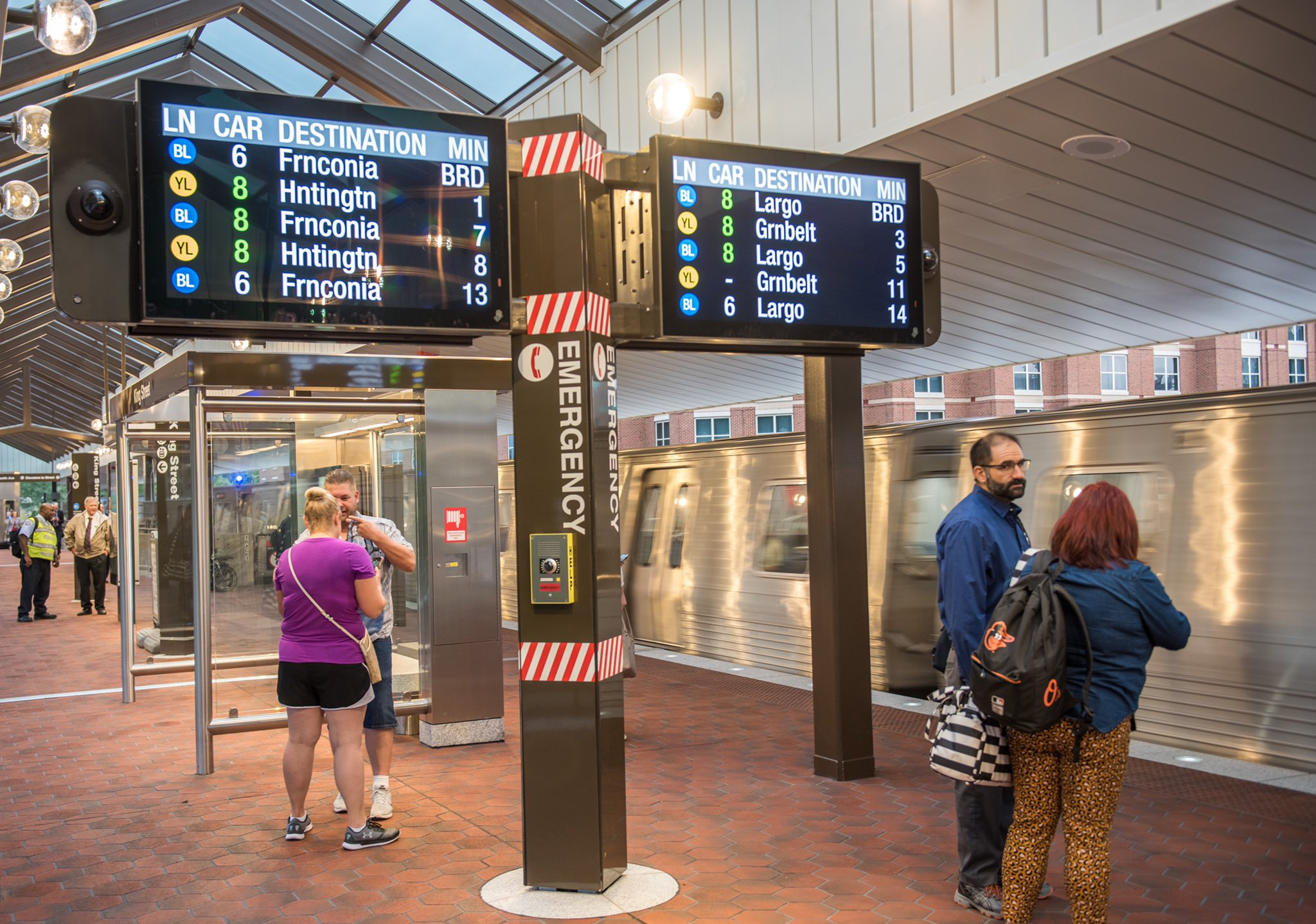 Senators hone in on 80/20 split, transit operations funding at Banking hearing